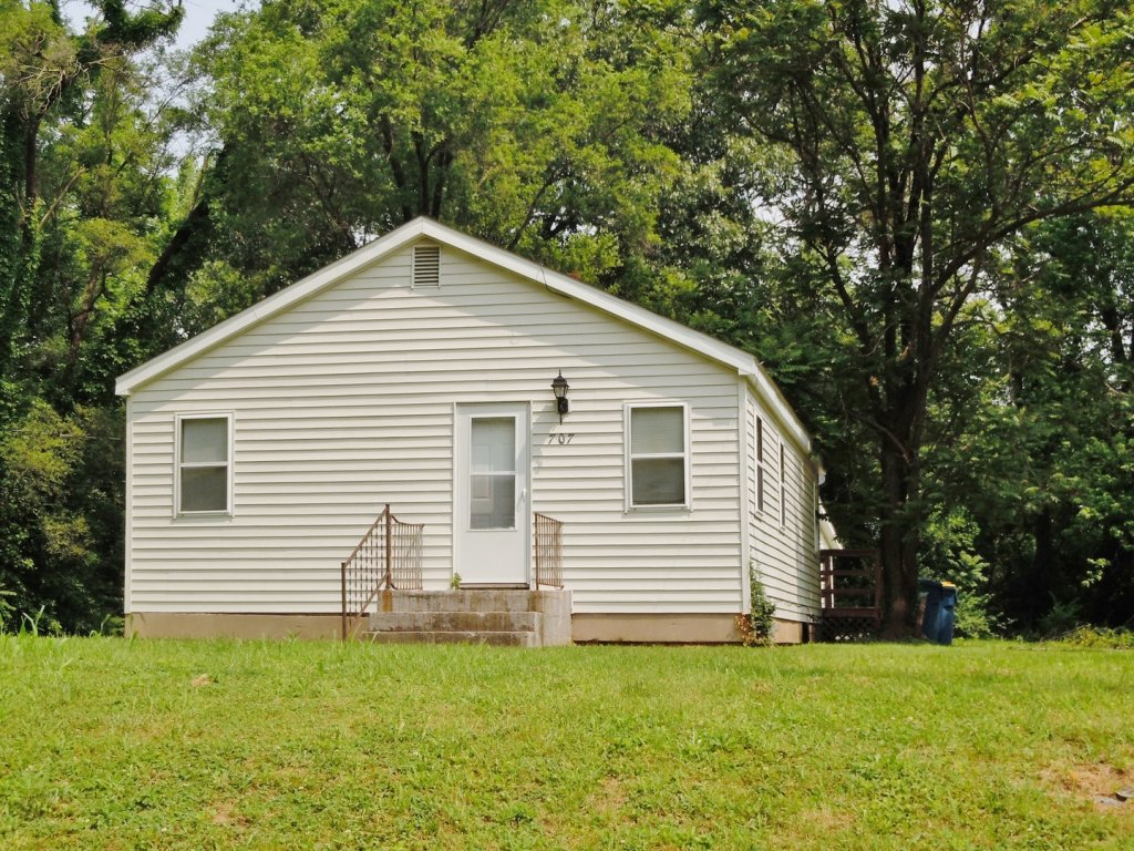 property_image - House for rent in Edwardsville, IL